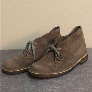 Clarks Women's Desert Boot- khaki suede